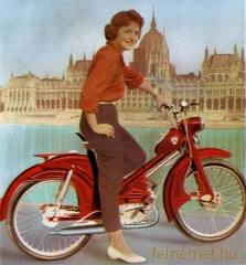 48 cm3-es Berva moped